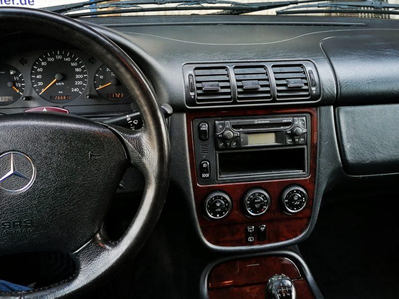ML 270 CDI 2004